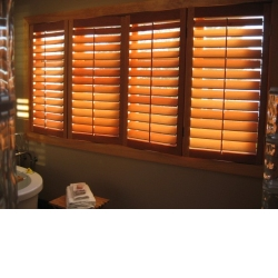 "Californian 3.1/2"" Operable Louvered Shutters"